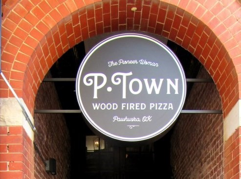 P-Town Pizza Logo